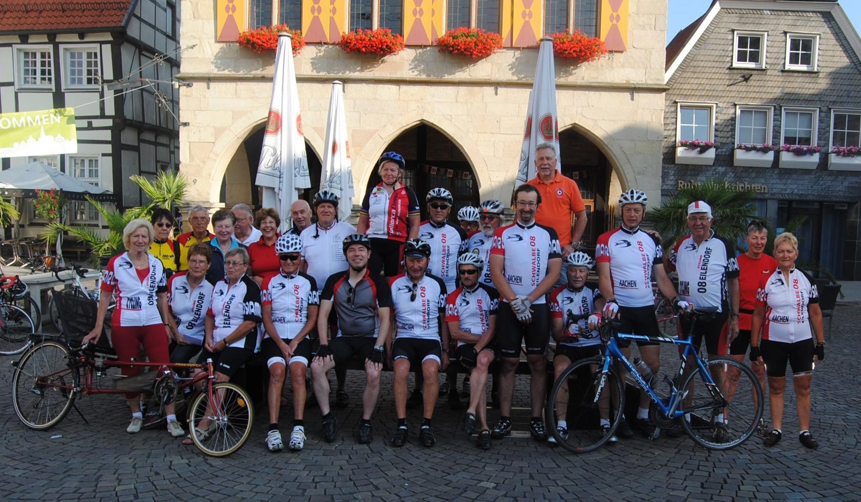 Unsere Teilnehmer vor dem Rathaus in Werne